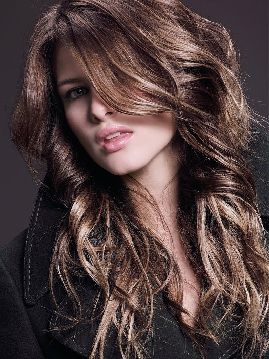 How To Volumize Wavy Hair Naturally