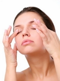 Fix Sagging Eyelids with the Best Natural Remedy