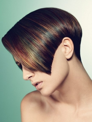 Wedge Cut Short Hairstyles