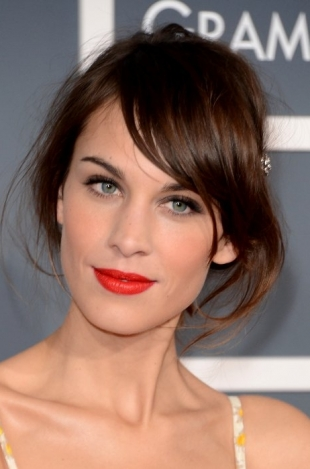 Alexa Chung 2013 Grammys Hairstyles and Updos