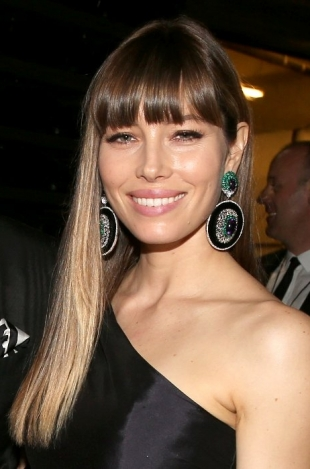 Jessica Biel 2013 Grammys Hairstyles and Updos