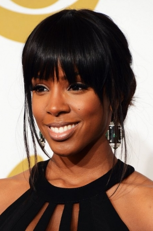 Kelly Rowland 2013 Grammys Hairstyles and Updos