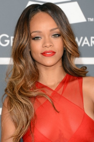 Rihanna 2013 Grammys Hairstyles and Updos