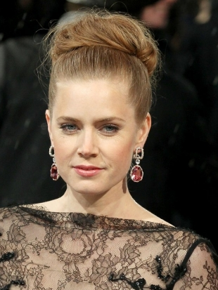 Amy Adams 2013 BAFTA Awards Hairstyles