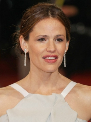 Jennifer Garner 2013 BAFTA Awards Hairstyles