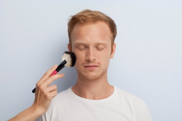 Men's Cosmetics: Makeup for Men