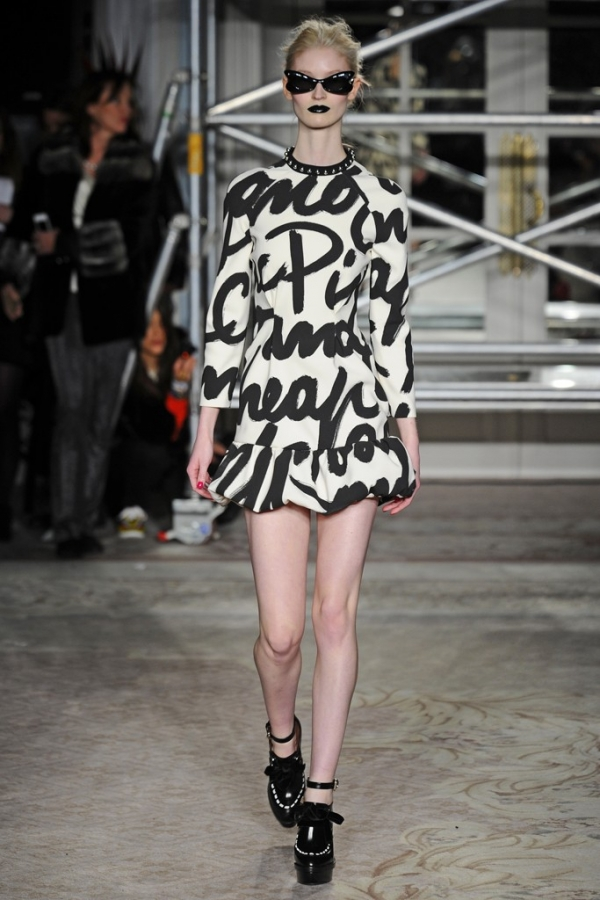 Moschino Cheap and Chic Fall 2013 Collection London ...