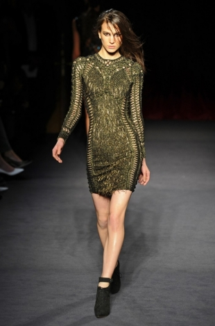 Julien Macdonald Fall 2013 Collection