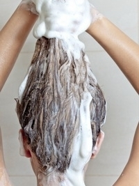 How to Shampoo Hair the Right Way