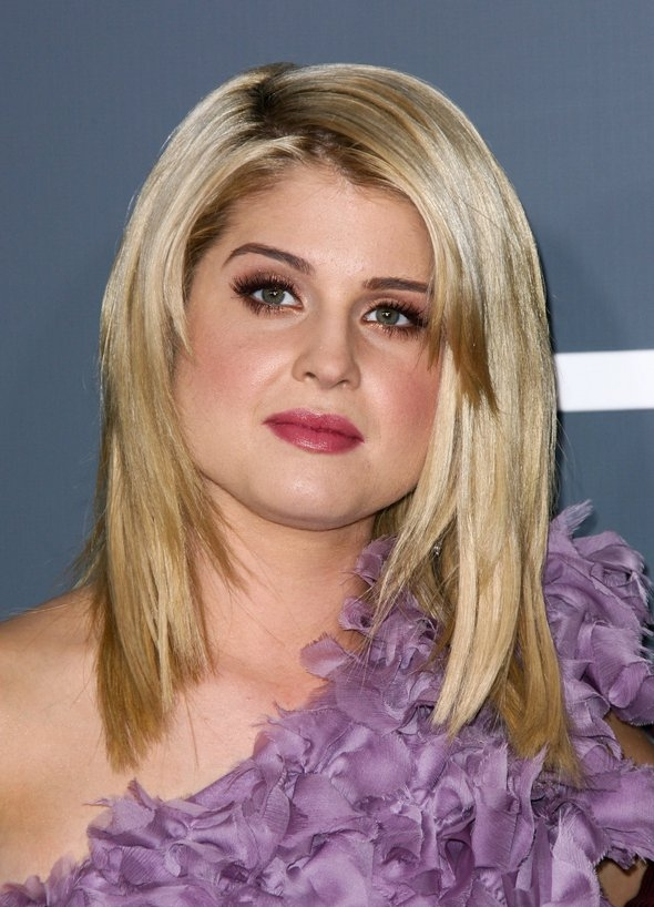 Hairstyles For Long Hair And Fat Faces : Hairstyles to Make Fat Faces Slimmer