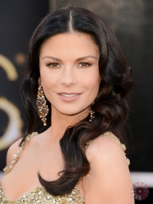 Catherine Zeta-Jones Oscars Hairstyles 2013: Best Celebrity Hairdos