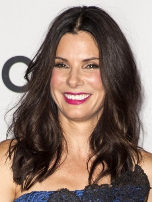 Sandra Bullock Hairstyle at 2013 Peoples Choice Awards