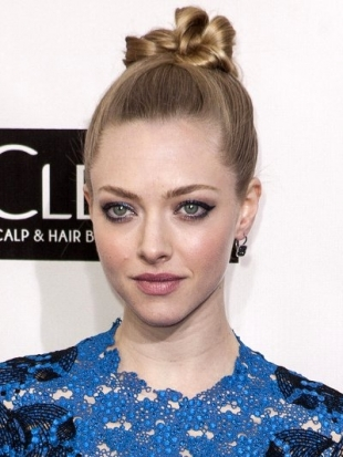 Amanda Seyfried Updo at 2013 Critics Choice Awards