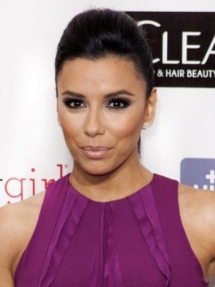 Eva Longoria Hairstyle at 2013 Critics Choice Awards