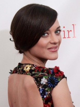Marion Cotillard Updo at 2013 Critics Choice Awards