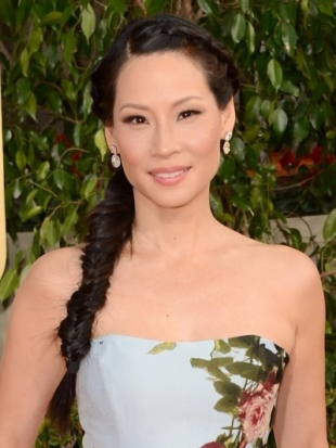 Lucy Liu Fishtail Braid Hairstyle at the 2013 Golden Globes