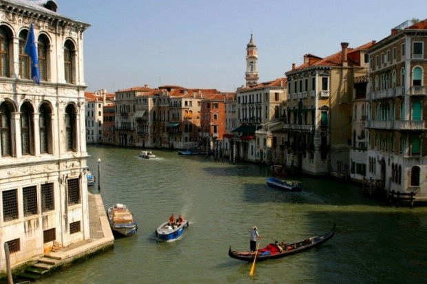 Venice Romantic Cities to Visit on Valentines Day