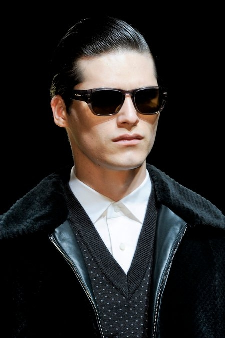 modern comb over hairstyle men