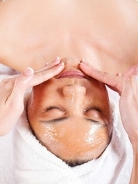 Homemade Facials with Honey