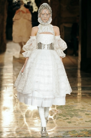 Alexander McQueen Fall 2013 Collection