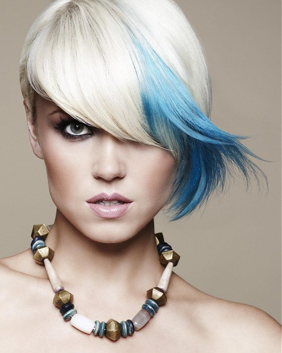 how to get blue dye out your hair