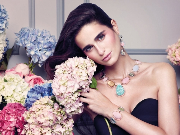 How to Choose Jewelry to Match Your Personality