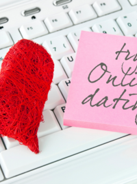 12 Things Not to Say to Someone Whos Online Dating