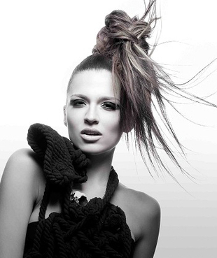 Messy High Ponytail By Mieka Hairdressing