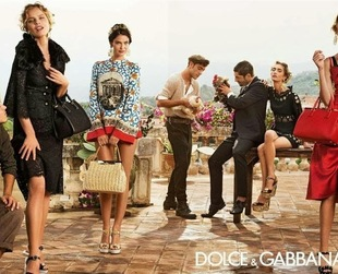 Have a glimpse of the hottest Dolce & Gabbana spring/summer 2014 creations by taking a closer look at the new ads for the season.