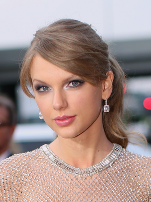 Taylor Swift Grammy Awards 2014 Makeup