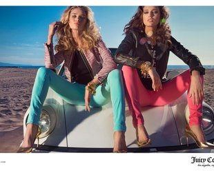Rosie Huntington-Whiteley and Emily DiDonato front the new Juicy Couture spring/summer 2014 ad campaign. Check out the label coolest looks for the sandal season!