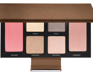 Looking to update your makeup bag for spring? Take a look at the new Laura Mercier Spring Renaissance collection for a few ideas on what you should look for.