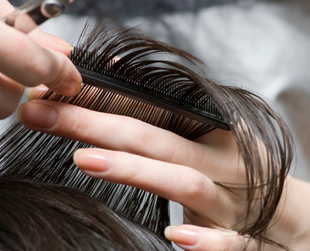 A different hairstyle can completely change your appearance, but how do you know when's the perfect time to try out something new? These signs might bring light into the matter.