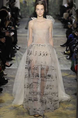 Valentino Couture Spring 2014 Look (1)
