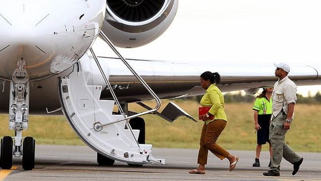 Oprah Private Jet