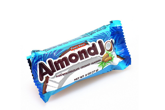 Almond Joy Mini Calories