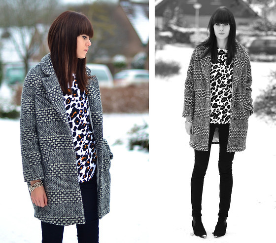 Printed Top Fall Fashion Must Haves