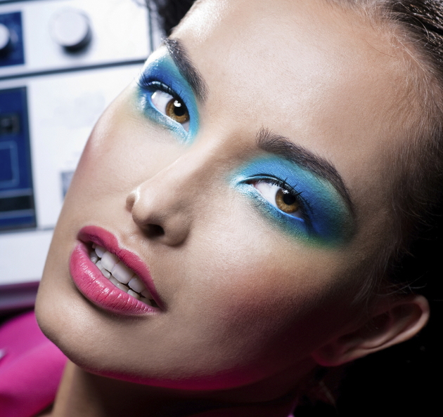 Bright Blue Rave Makeup