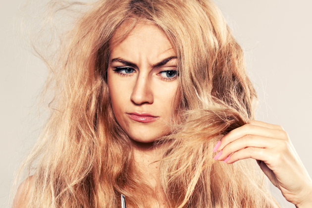 10 Signs Your Hair Is Damaged