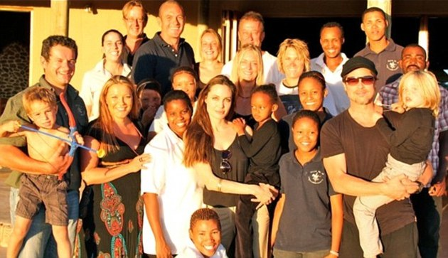 Brad Pitt And Angelina Jolie Charity