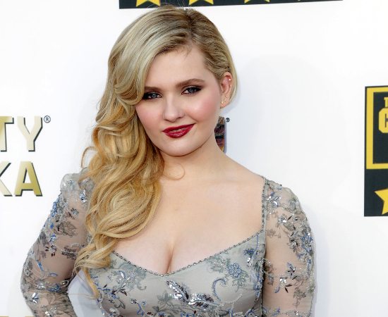 Abigail Breslin Net Worth