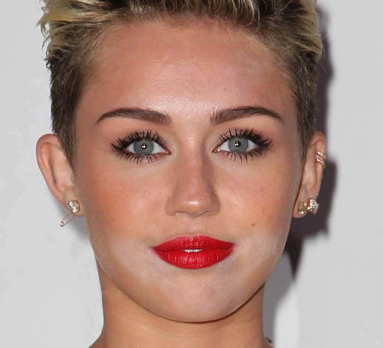 Miley Cyrus Makeup Fail