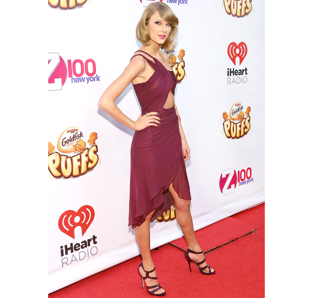 Taylor Swift Wearing Marsala Color Of The Year 2015
