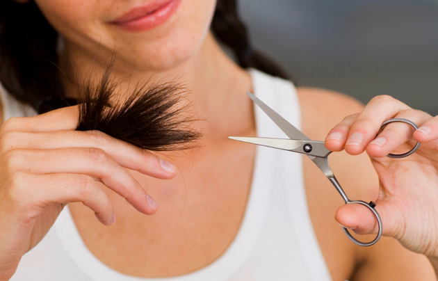 How to cut trim your own hair tips