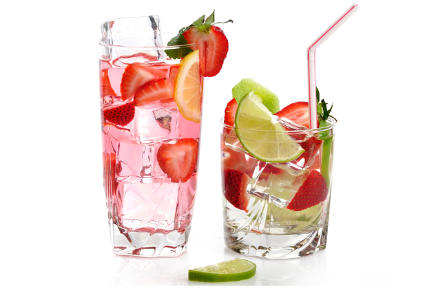 How to Flavor Water with Few or No Calories
