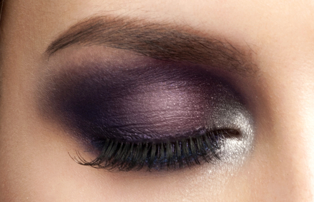 Purple Smokey Makeup For Green Eyes