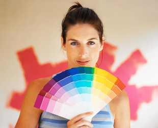 Interior design has a few tried and tested rules when it comes to colors. Learn more about choosing colors for your home in order to get the effect you want.