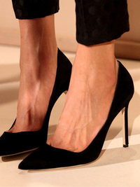Pictures : 10 Shoe Styles Every Woman Should Own