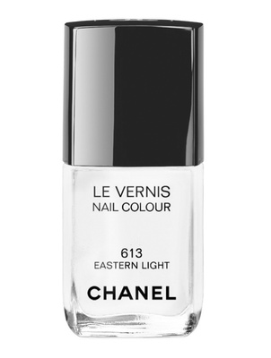 Chanel Le Vernis In 613 Eastern Light