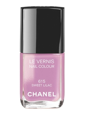 Chanel Le Vernis In 615 Sweet Lilac